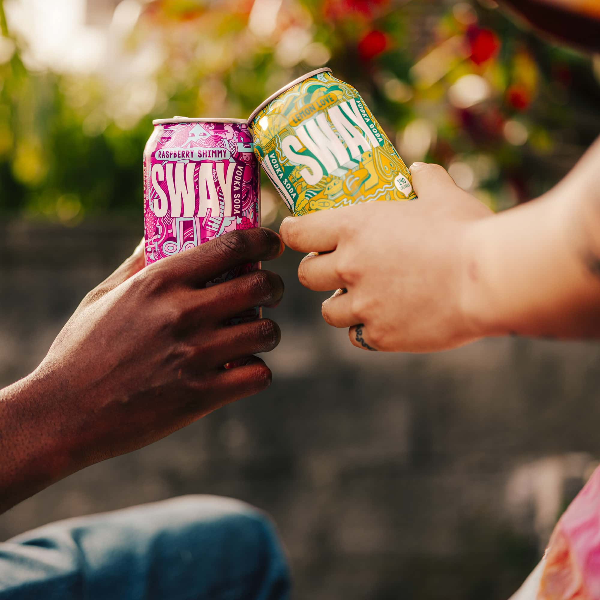 4725 Sway Cans Cheers 20210331 2362